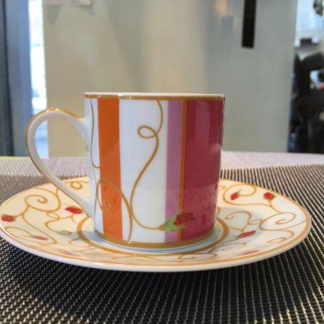 Tasse à café ou à thé Bois de Rose Bernardaud porcelaine