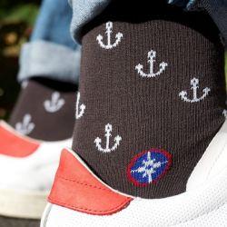 Chaussettes anthracites avec ancres blanches Vent à la française