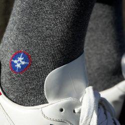Chaussettes unies gris chiné avec logo Le Vent à la Française