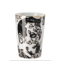 Cilla Marea Rosenthal, Gobelet sans anse, Tatouage homme floral